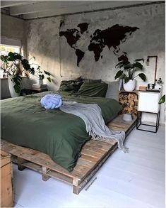 Cores para quarto: 130 ideias que vão te ajudar a dormir melhor Diy Bedroom Decor, Bedroom Furniture, Home Decor, Bedroom Ideas, Bedroom Rustic, Bedroom Inspiration, Jungle Bedroom, Minimalist Bedroom, Luxurious Bedrooms