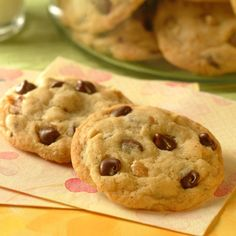 Original Nestle Toll House Chocolate Chip Cookies Recipe - my fave choc chip cookie recipe ever! Diabetic Friendly Desserts, Diabetic Recipes, Diabetic Cookies, Sugar Free Desserts, Sugar Free Recipes, Baking Chocolate Chip Cookies, Chocolate Chips, Chocolate Morsels, Chocolate Cake