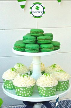 Fun shamrock treats with free printables
