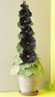 Sophisticated Paper Flowers for the Holidays with Livia Cetti-Dec - Flower School Paper Flower Art, Paper Flower Tutorial, Paper Flowers Diy, Handmade Flowers, Flower Crafts, Fabric Flowers, French Flowers, Faux Flowers, Paper Punch Art