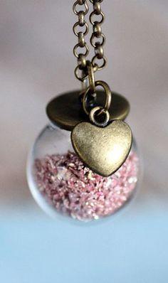 German Glitter Bauble - Heart & Pink