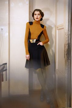 KNAPP The Post-war collection A/W on Fashion Served. Such a cool Trekkie vibe. Source by heybeesly fashion dress Haute Couture Style, Fashion Brand, High Fashion, Womens Fashion, Fashion Design, Dress Fashion, Hot Heels, Ropa Upcycling, Space Fashion