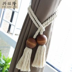 House Interior Rustic - New ideas Curtain Tie Backs Diy, Curtain Ties, Hanging Curtains, Diy Curtains, Diy Crafts For Home Decor, Curtain Accessories, Beaded Garland, Curtain Designs, Macrame Patterns