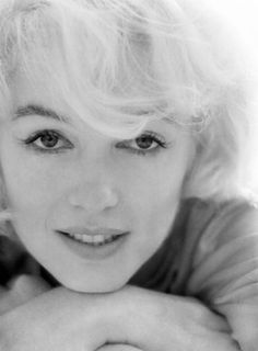 As you wish .... Marilyn Monroe photographed by Willy Rizzo, 1962.