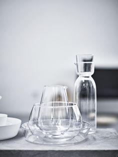 La bellezza dell'essenzialità. Anche versare l'acqua in un bicchiere trasparente diventa un gesto spettacolare. #VIKTIGT