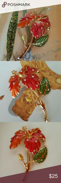 """1994 Vintage Jose Maria Barrera Hibiscus Brooch Excellent vintage condition. A beautiful brooch designed by Jose Maria Barrera for Avon. Highly collectible. Measures 4.2 """" x 3"""" (widest point). Avon Jewelry Brooches"""