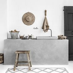 Amazing styling by love this concrete, wabi sabi mix with a boho style Gray Shower Tile, Timeless Bathroom, Interior, Large Bathroom Design, Black Kitchen Taps, Concrete Interiors, Shelving Design, Bathtub Design, Bathroom Design