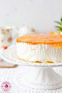 Sernik na zimno - przepis Camembert Cheese, Panna Cotta, Cheesecake, Easy Meals, Cooking Recipes, Ethnic Recipes, Food, Dulce De Leche, Cheesecakes