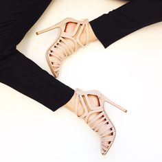 Love my new babies <3 http://www.asos.com/ASOS/ASOS-ELKO-High-Heels/Prod/pgeproduct.aspx?iid=4975352&affid=13875&channelref=social+campaigns