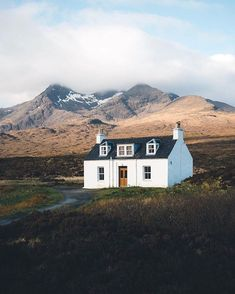 by roamtheplanet: These cottages in the Scottish highlands are technically pretty boring, but somehow fit perfectly into the landscape & you can't help but fall in love Photo by Share your story: by Share your story: Irish Cottage, Cozy Cottage, Scottish Cottages, Cottages Scotland, Cabana, Beautiful Homes, Beautiful Places, Bothy, English Countryside