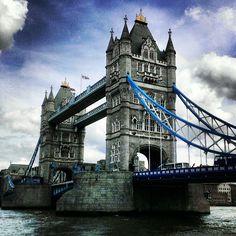 Le pont le plus emblématique de la ville, à traverser absolument quand on vient à Londres en dégainant l'appareil photo.