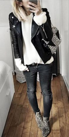 Find and save ideas about Street Style Inspiration on Women Outfits. Mode Outfits, Casual Outfits, Fashion Outfits, Womens Fashion, Rock Chic Outfits, Looks Street Style, Looks Style, Look Fashion, Autumn Fashion