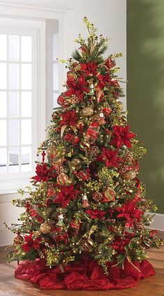Dorado y rojo, dos tonos clásicos de Navidad. #ArbolesDeNavidadClasicos