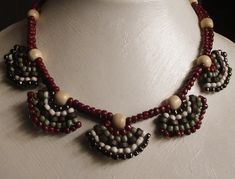 """""""Autumn Fans"""" Necklace Pattern at Sova-Enterprises.com. Lots of free beading patterns and tutorials are available on this site!"""