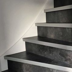 PVC op je trap - Smits Stoffering : Smits Stoffering Open Trap, Happy New Home, Stairway To Heaven, Stairways, Plank, New Homes, Flooring, Home Decor, Interior Stairs