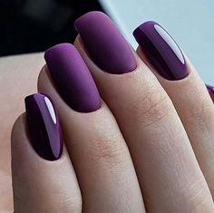 Fabulous Matte purple Nails Design For Short Nails – - Summer Nail Colors Ideen Purple Nail Designs, Short Nail Designs, Trendy Nail Art, Stylish Nails, Matte Purple Nails, Violet Nails, Faux Ongles Gel, Short Square Nails, Fancy Nails