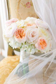 Elegant William Aiken House Wedding 0008 by Charleston wedding photographer Dana Cubbage