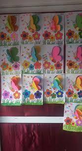 Imagini pentru maternelle après avoir peint le fond bleu, les enfants ont collé les carrés et les rectangles pour former les maisons avant de coller les lettres de bonne année
