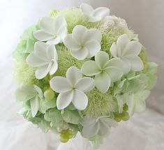ブーケ プリザーブド プルメリア : 一会 ウエディングの花 Romantic Wedding Colors, Floral Wedding, Wedding Flowers, Flower Bouqet, Floral Bouquets, Wedding Flower Arrangements, Floral Arrangements, Green Flowers, Beautiful Flowers