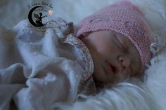 Ninon Reborn baby doll girl kit Yanie de Gudrun Legler.