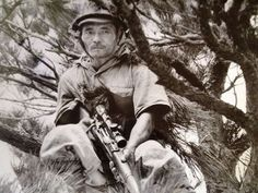 """World War Two. Pacific ocean front after 1942 - Japanese imperial army. Japanese sniper lurking with his rifle """"Arisaka Type 99 Sniper"""" Cal. 7.7 x 58mm Arisaka and Type 99 Scope (4X)"""