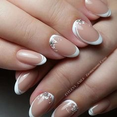 Astonishing nail art with white and natural color