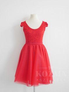Kozma Szillvia-Egyedi menyassznyi ruha tervezés, menyasszonyi ruha varrás, menyasszonyi ruha, esküvői ruha, menyecskeruha, koszorúslány ruha, alkalmi ruha készítés Summer Dresses, Formal Dresses, Baby, Fashion, Dresses For Formal, Moda, Summer Sundresses, Formal Gowns, Fashion Styles