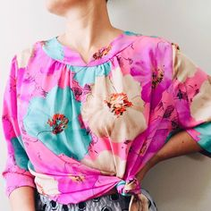 """SHOP VINTAGE THRIFTED on Instagram: """"SOLD . I never stick to my size. Love this oversized vintage summer top in vibrant colors • Lady Gardner • Vintage • Made in NZ • Size 24 •…"""" My Size, Vintage Shops, Thrifting, Vibrant Colors, Floral Tops, Lady, Summer, How To Make, Shopping"""