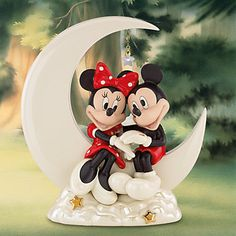*MINNIE & MICKEY ~ Over the Moon for Minnie