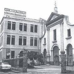 Iglesia San Felipe Neri, al lado, Casa de los Jesuitas la imagen es alrededor de la década de los años 1950 - Maracaibo