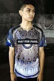 Pray for Paris T-shirt Kanye West Shirt, Pray For Paris, Paris T Shirt, 3d T Shirts, Couple Tshirts, Alternative Fashion, Fashion Design, Fashion Trends, Mens Fashion