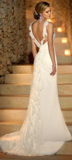 #weddingdress @Linda Bruinenberg Reiser-Nichols Jewelers - Engagement Rings, Wedding Bands, Fine Jewelry Swiss Watches