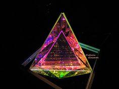 4 Triangles 6x6x6 Dichroic Borosilicate Glass by DichroGlassman