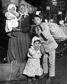 Italian Immigrants Arriving at Ellis Island, New York, 1905 - Lewis Hine