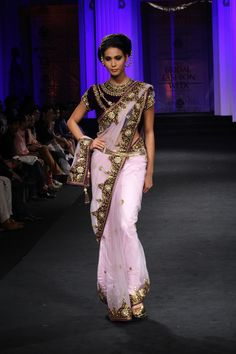 Vikram Phadnis Couture Collection at India Bridal Fashion Week 2012
