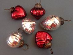Set of 10 Beautiful Red & Silver Kugel Style Glass Mini Baubles by Heavenly…