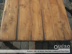 Pamplona, Texture, Wood, Crafts, House Styles, Old Wood, Cottage Chic, Dinner Table, Surface Finish
