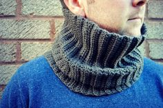 THE HUBBY COWL - Free crochet pattern by Karen Price at Leasowes View
