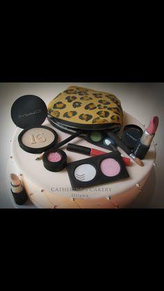 Make up cake