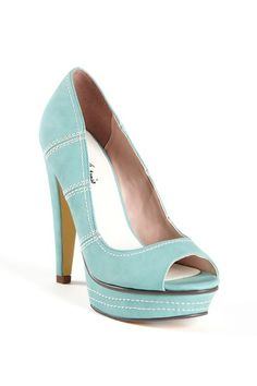 Michael Antonio Kamea...Its like the perfect Easter egg colored shoe :)