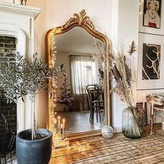 mirror, spiegel, antique mirror, interior. #usimaison #antiquemirror #loft #ibizastyle #bohemianhome #homeinspiration #howwelive #sodomino #eclectichome #myinterior #boostmijnfoto #mirrors #mirrormirror #interiorstyling #cornerofmyhome #thenewbohemians #wooninspiratie #kerstsfeer #christmaslights #visualcrush #interiormilk #wohnkonfetti #candlelights #christmasdecorations #fairylights #apartmenttherapy Interior Blogs, Interior Styling, Interior Design, Home Room Design, House Design, Home Blogs, House Rooms, Fairy Lights, Apartment Therapy