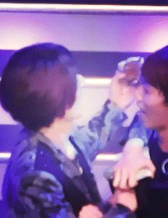 Kiseop and Hoon <3 (gif)