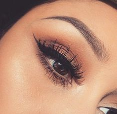 Natural eye + winged liner.