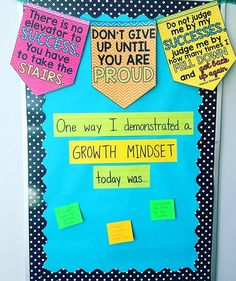 """""""How great is this growth mindset banner?!  I love setting up interactive bulletin boards with questions and sentence stems that my students can add to!"""" - @tothesquareinch loves this idea because she's able to see her students progress...  and it doesn't hurt that they love it too!  #BestClassroomEver  {Get this set of classroom banners using the link in our bio!}"""