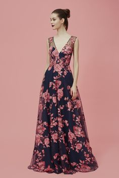 Marchesa Notte Pre-Fall 2016 Fashion Show Marchesa, Fall Fashion 2016, Fashion Show, Beautiful Gowns, Beautiful Outfits, Chiffon Floral, Floral Fashion, Dress Fashion, Formal Gowns