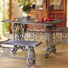 wrought iron table and seats Antique Sewing Machine Table, Table And Chairs, Dining Table, Room Chairs, Accent Chairs For Sale, Wrought Iron Decor, Lawn Furniture, Furniture Design, Iron Table