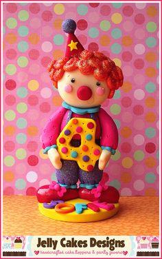 Cutie Clown keepsake cake topper | por Jelly Lane Studios