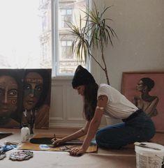 look here — Daniella Jones Tableaux Vivants, Estilo Indie, Artist Aesthetic, Foto Casual, Look Here, Art Hoe, My Vibe, Mood, Make Art