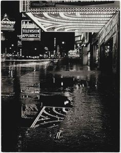 U.S. Broadway, New York, 1955 // Mario de Biasi. Italian, born in 1923