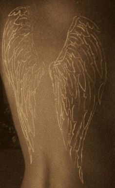 Tattoo back angel wings white ink Ideas Angel Wings Tattoo On Back, Back Angel, Wing Tattoos On Back, Body Art Tattoos, New Tattoos, Tribal Tattoos, Cool Tattoos, Tatoos, Hippie Tattoos